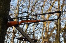 Gevär hållare för jakt stege